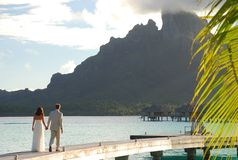 bröllopsresa borafransman polynesia Arkivfoto