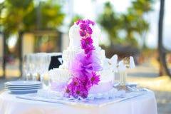 Bröllopstårta för ceremoni Royaltyfri Bild