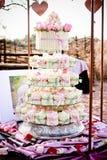 Bröllopstårta/muffin Arkivbilder