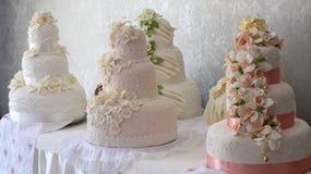 Bröllopstårtor Arkivfoton