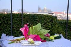Brölloptiden med Prague Royaltyfria Foton