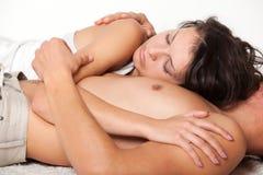 bröstkorg hans liggande mankvinnabarn Fotografering för Bildbyråer