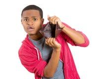 Bröt grabben med den tomma plånboken Arkivbild