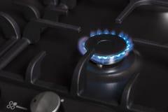 Brûleur brûlant à cuisinière à gaz de cuisine Photos stock