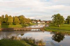 Brücke über dem Burggraben, in der alten Stadt in Fredrikstad, Norwegen Lizenzfreies Stockfoto