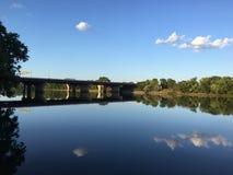 Brücke über dem Fluss Mississipi Stockbild