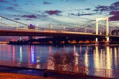 Brücke über dem Fluss Rhein Stockfotografie