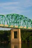 Brücke über dem Illinois-Fluss Lizenzfreie Stockfotografie