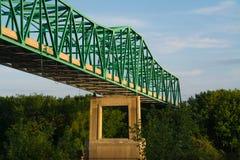 Brücke über dem Illinois-Fluss Lizenzfreie Stockbilder