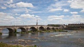 Brücke über dem Loire in Blois Lizenzfreies Stockbild