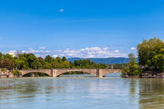 Brücke über dem Rhein Stockfoto
