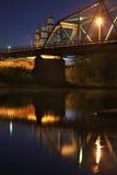 Brücke über dem Sylvafluß in Kungur Perm Krai Russland lizenzfreie stockfotografie