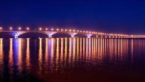 Brücke über dem Volga-Fluss Lizenzfreies Stockfoto