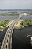 Brücke über dem Volga-Fluss Stockbild