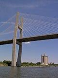 Brücke über dem Wasser Stockbilder