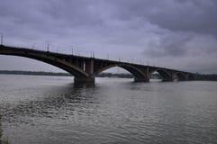 Brücke über dem Yenisei Stockbild