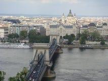 Brücke über der Donau Stockbild