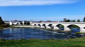 Brücke über der Loire in Amboise in der Indre-et-Loire-Abteilung in Mittel-Frankreich Stockfotos