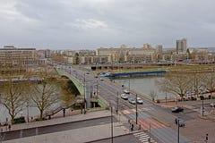 Brücke über Fluss die Seine in Rouen lizenzfreie stockbilder