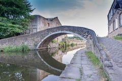 Brücke über Kanal Stockbilder