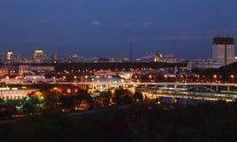 Brücke über Moskva Fluss in Moskau Stockbild
