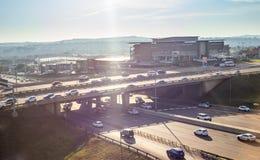 Brücke über Straße im Befehlshaber Lizenzfreies Stockfoto