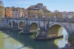 Brücke über Tiber Lizenzfreie Stockbilder