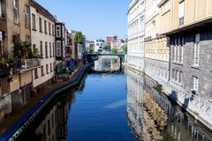 Brücke über Wasser Stockfoto