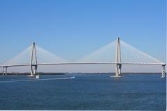 Brücke Arthur-Ravenel in Charleston Stockfotos