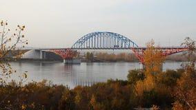 Brücke auf dem Fluss stock video