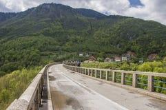 Brücke auf dem Fluss Tara Stockfotos