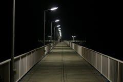 Brücke auf dem Meer Lizenzfreie Stockfotos