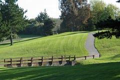 Brücke auf einem Golfplatz Lizenzfreies Stockfoto