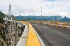 Brücke baluarte Lizenzfreie Stockbilder