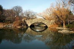 Brücke bei Central Park Stockbilder