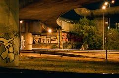 Brücke bis zum Nacht stockfotografie