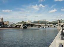 Brücke Bogdan Khmelnitsky lizenzfreie stockbilder