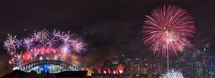 Brücke CBD Sydney Fireworks NY StL Stockbilder