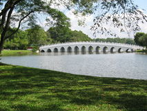 Brücke am chinesischen Garten in Si Lizenzfreies Stockbild