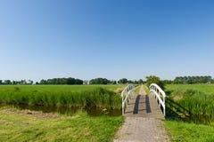 Brücke in der Landschaft Stockfoto