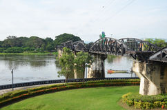 Brücke des Flusses Kwai bekannt als die Todeseisenbahn Stockfotos