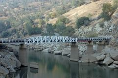 Brücke des rückseitigen Landes Lizenzfreie Stockfotos