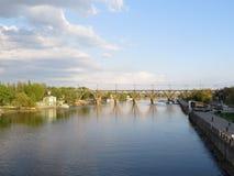 Brücke in Dnepropetrovsk Stockfotos