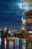 Brücke, hebend, Gegengewicht, Unterstützung, Fluss, Schwingen, Yacht, Stadt, Festival, Nacht an stockbild
