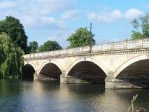 Brücke in Hyde Park Lizenzfreie Stockfotografie