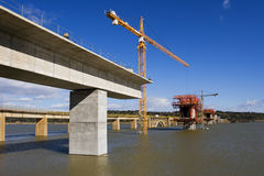 Brücke im Bau Stockfotografie