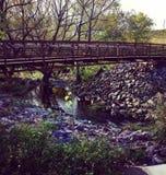Brücke im Herbst Stockfotos