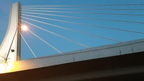 Brücke im Morgenhintergrund lizenzfreie stockbilder