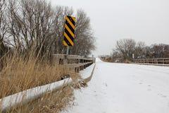 Brücke im Winter Stockfotos