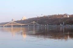 Brücke Kiews Trukhaniv Stockfoto